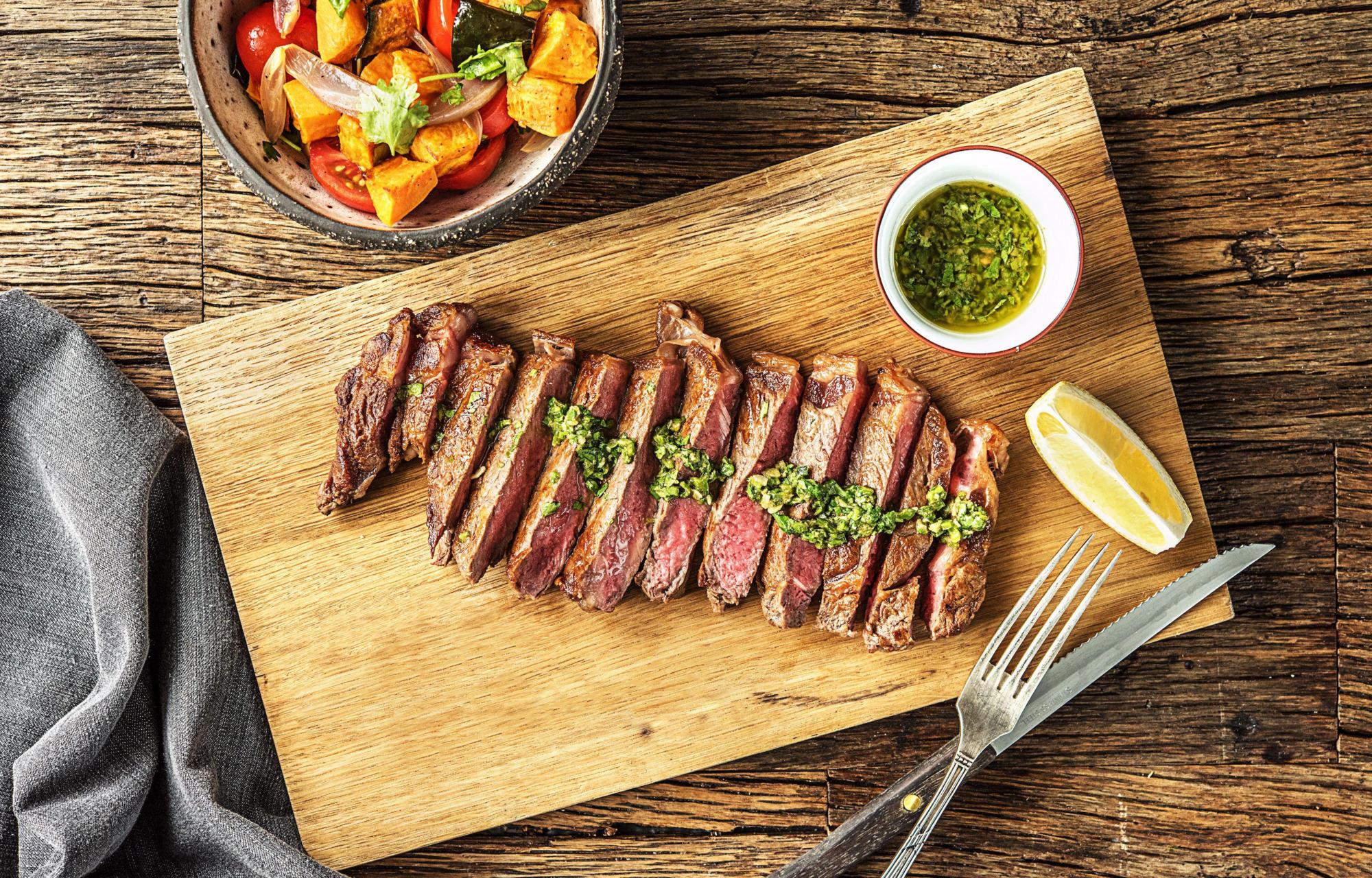Соус к мясу: лучшие рецепты, в домашних условиях, простые    Мелко нарезанное мясо в соусе