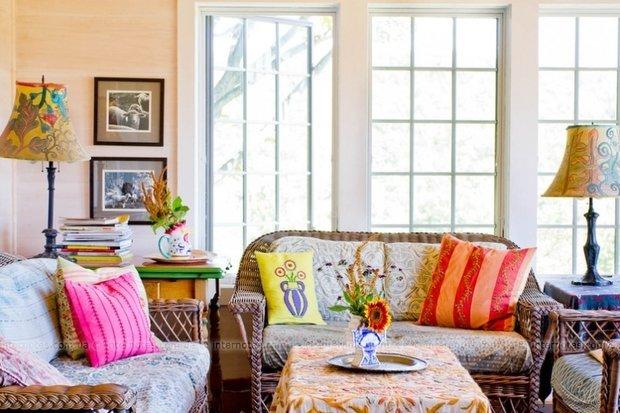 Фотография: Гостиная в стиле Прованс и Кантри, Декор интерьера, Дизайн интерьера, Цвет в интерьере, Белый, Синий, Серый – фото на InMyRoom.ru