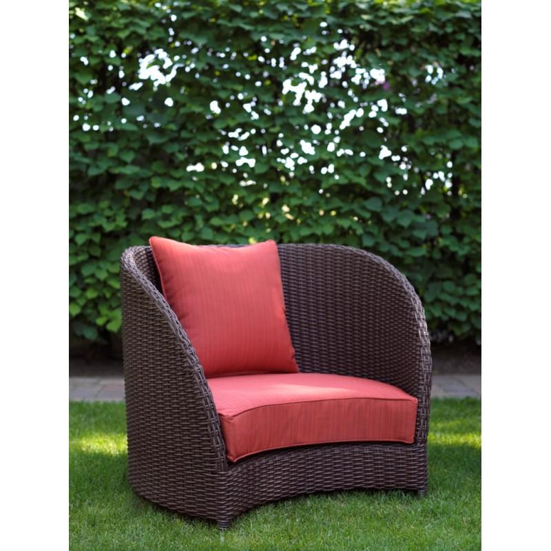 Кресло тюльпан с красными подушками