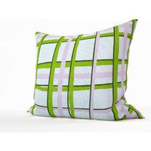 Декоративная подушка: Праздничные ленты