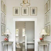 Фотография: Прихожая в стиле Кантри, Классический, Декор интерьера, Декор дома, Картины – фото на InMyRoom.ru
