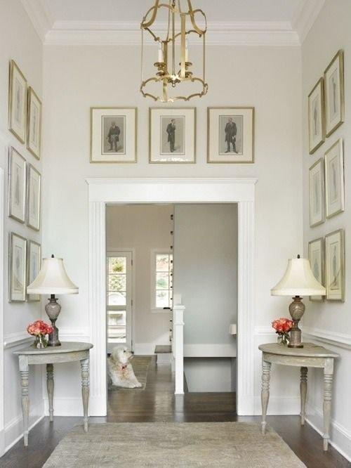 Фотография: Прихожая в стиле Прованс и Кантри, Классический, Декор интерьера, Декор дома, Картины – фото на InMyRoom.ru