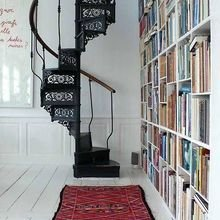 Фотография: Прочее в стиле Скандинавский, Архитектура, Декор, Мебель и свет, Ремонт на практике, Никита Морозов, освещение для лестницы, какую выбрать лестницу, какие бывают лестницы, прямая лестница, винтовая лестница, лестница на больцах, подвесная лестница, ограждение для лестниц, как украсить лестницу – фото на InMyRoom.ru