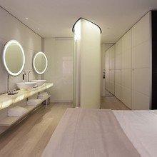 Фотография: Спальня в стиле Современный, Хай-тек, Дома и квартиры, Городские места – фото на InMyRoom.ru