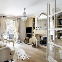 Фотография: Гостиная в стиле Кантри, Дом, Франция, Дома и квартиры, Окна – фото на InMyRoom.ru