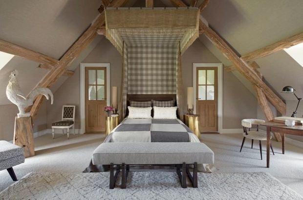 Фотография: Спальня в стиле Прованс и Кантри, Гид, Жан-Луи Денио – фото на InMyRoom.ru