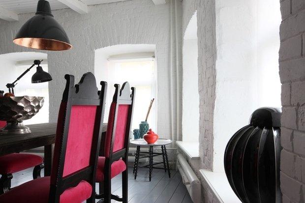 Фотография: Кухня и столовая в стиле Лофт, Эклектика, Декор интерьера, Квартира, Цвет в интерьере, Дома и квартиры, Стены, Екатерина Блохина – фото на InMyRoom.ru