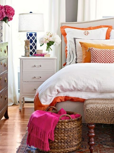 Фотография: Спальня в стиле Прованс и Кантри, Классический, Современный, Декор интерьера, Декор дома, Цвет в интерьере – фото на InMyRoom.ru