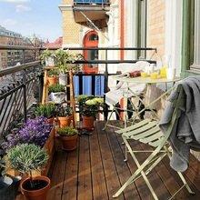 Фотография: Балкон в стиле Скандинавский, Декор интерьера, Квартира, Декор, Советы, как обустроить балкон, балкон в типовой квартире, идеи оформления балкона – фото на InMyRoom.ru