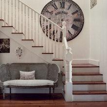 Фотография:  в стиле Кантри, Классический, Современный, Декор интерьера, Часы, Декор дома – фото на InMyRoom.ru