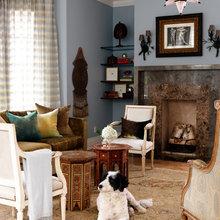 Фотография: Гостиная в стиле Восточный, Кухня и столовая, Декор интерьера, Декор дома, Цвет в интерьере, Белый, Камин, Бирюзовый – фото на InMyRoom.ru