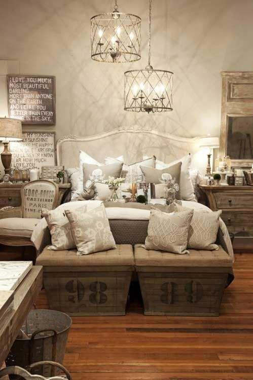 Фотография: Спальня в стиле Лофт, Интерьер комнат, Подушки, Ковер – фото на InMyRoom.ru