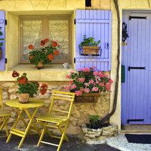 Фотография: Ландшафт в стиле , Декор интерьера, Дом, Франция, Декор дома, Цвет в интерьере, Советы, Прованс – фото на InMyRoom.ru