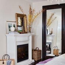 Фотография: Спальня в стиле Скандинавский, Декор интерьера, Декор дома, Картины, Окна, Пол – фото на InMyRoom.ru