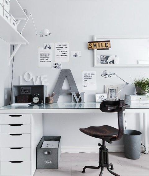 Фотография: Кабинет в стиле Лофт, Скандинавский, Декор интерьера, Декор дома – фото на InMyRoom.ru