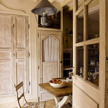 Фотография: Кухня и столовая в стиле Кантри, Дом, Франция, Дома и квартиры, Прованс – фото на InMyRoom.ru