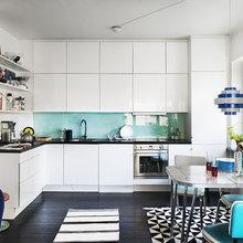 Фотография: Кухня и столовая в стиле Современный, Малогабаритная квартира, Квартира, Дома и квартиры, Гардероб, Принт, Библиотека, Окна – фото на InMyRoom.ru