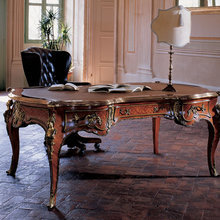 Фотография: Кабинет в стиле Классический, Декор интерьера, Мебель и свет, Декор дома – фото на InMyRoom.ru