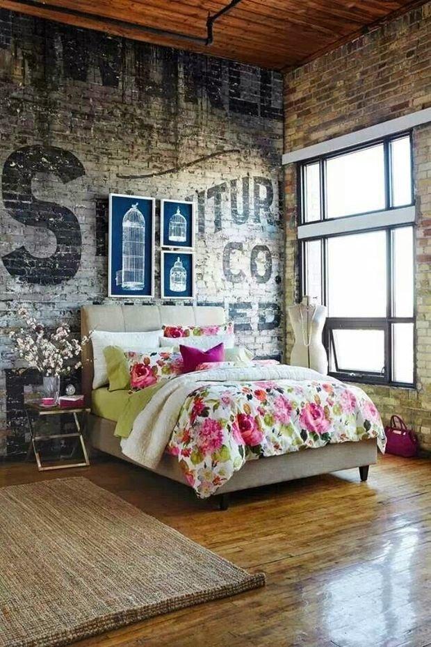 Фотография: Спальня в стиле Прованс и Кантри, Лофт, Эклектика, Скандинавский, Декор, Советы, Ремонт на практике, кирпич в интерьере, покраска кирпичной стены, кирпичная стена, кирпичная стена в интерьере, краска для кирпичной стены – фото на InMyRoom.ru