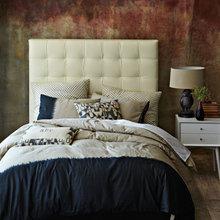 Фотография: Спальня в стиле Кантри, Современный, Декор интерьера, Интерьер комнат, Текстиль – фото на InMyRoom.ru