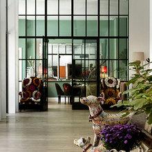 Фотография: Прихожая в стиле Кантри, Дома и квартиры, Городские места, Отель, Большие окна – фото на InMyRoom.ru