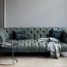 Фотография: Мебель и свет в стиле Современный, Эклектика, Классический, Декор интерьера, Великобритания, Диван – фото на InMyRoom.ru