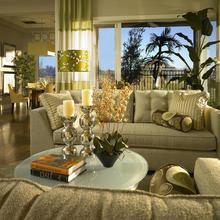 Фотография: Гостиная в стиле Классический, Декор интерьера, Мебель и свет, Советы – фото на InMyRoom.ru