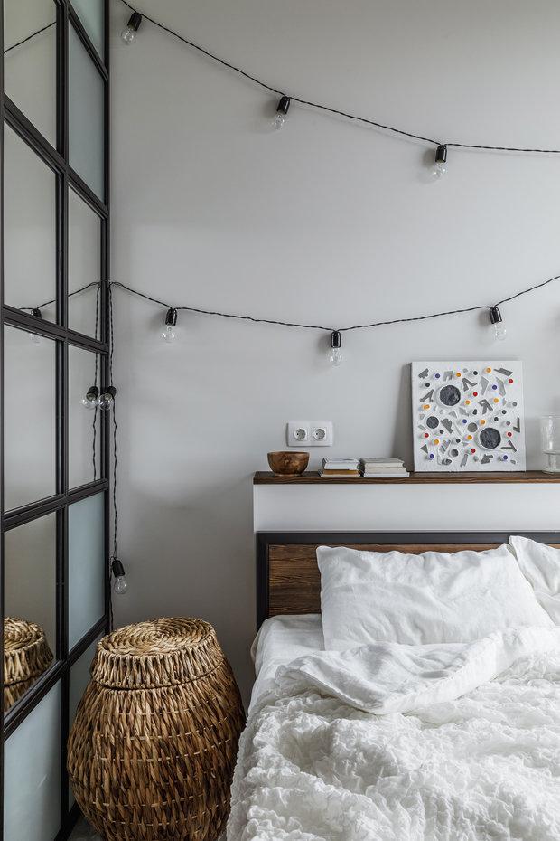 Фотография: Спальня в стиле Скандинавский, Эклектика, Квартира, Проект недели, Москва, 3 комнаты, 60-90 метров, Анастасия Струве – фото на INMYROOM