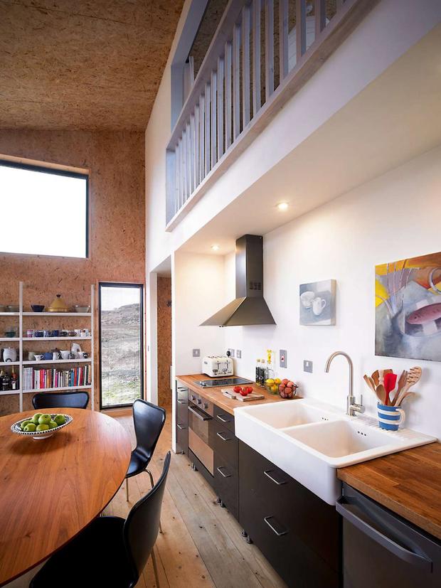 Фотография: Кухня и столовая в стиле Современный, Дом, Дома и квартиры, Эко, Дом и дача – фото на InMyRoom.ru