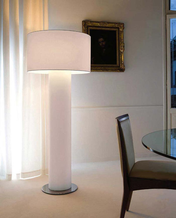 Фотография: Мебель и свет в стиле Классический, Современный, Декор интерьера, Освещение – фото на InMyRoom.ru