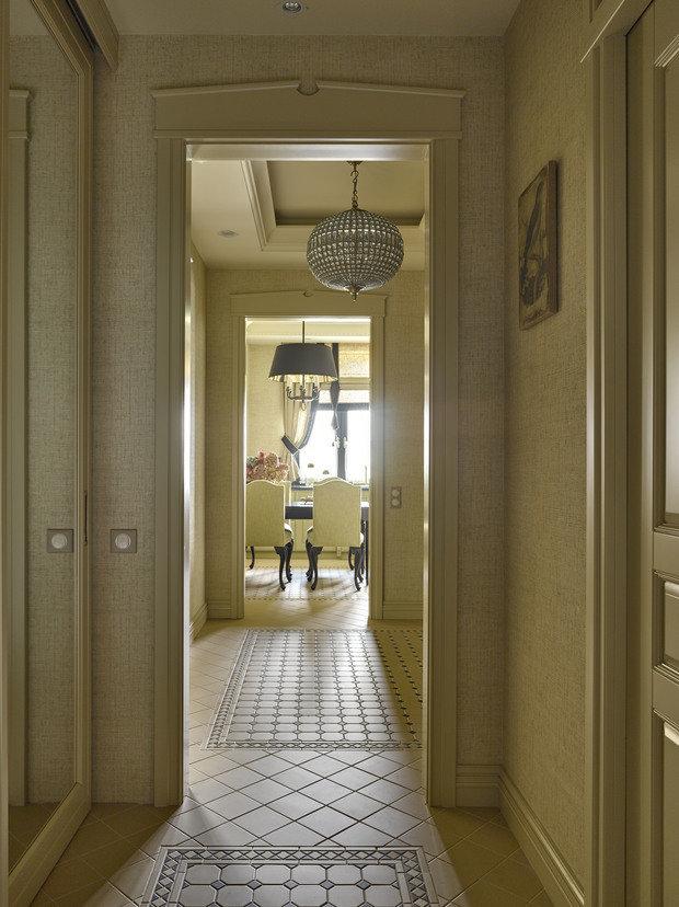 Фотография: Прихожая в стиле Классический, Квартира, Проект недели, Москва, Монолитный дом, 3 комнаты, Более 90 метров, Варвара Шабельникова – фото на INMYROOM