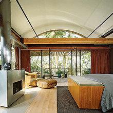 Фотография: Спальня в стиле Современный, Дом, Дома и квартиры, Интерьеры звезд – фото на InMyRoom.ru