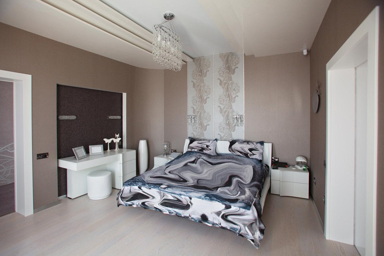 Потолочные балки в спальне
