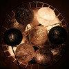 Тайская гирлянда черно-серая от розетки