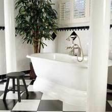 Фотография: Ванная в стиле Классический, Декор интерьера, Дизайн интерьера, Цвет в интерьере – фото на InMyRoom.ru