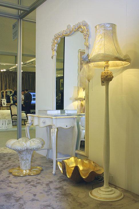 Фотография: Мебель и свет в стиле Классический, Современный, Эклектика, Artemide, Flos, PROVASI, Индустрия, События, Маркет, Мягкая мебель, Missoni, Пэчворк, Porada, LLADRO – фото на InMyRoom.ru