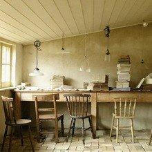 Фотография: Кабинет в стиле Кантри, Интерьер комнат, Мансарда – фото на InMyRoom.ru
