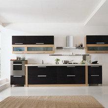 Фотография: Кухня и столовая в стиле Современный, Декор интерьера, Дизайн интерьера, Цвет в интерьере, Черный, Пол – фото на InMyRoom.ru
