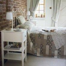 Фотография: Спальня в стиле Кантри, Классический, Лофт, Скандинавский, Современный – фото на InMyRoom.ru