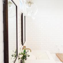 Фотография: Ванная в стиле Скандинавский, Спальня, Белый, Минимализм, Переделка, Ремонт на практике – фото на InMyRoom.ru