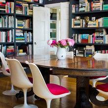 Фотография: Кухня и столовая в стиле Классический, Современный, Системы хранения, Библиотека, Домашняя библиотека – фото на InMyRoom.ru