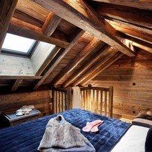 Фотография: Спальня в стиле Кантри, Дом, Дома и квартиры, Шале, Дом на природе – фото на InMyRoom.ru