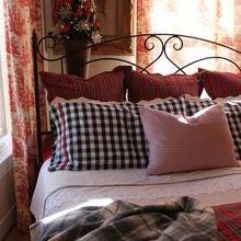 Фотография: Спальня в стиле Кантри, Декор интерьера, Флористика, Аксессуары, Декор, Советы – фото на InMyRoom.ru