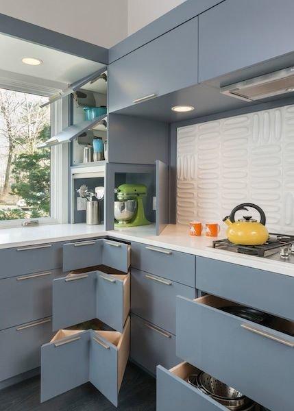 Фотография: Кухня и столовая в стиле Современный, Декор интерьера, Декор дома, Кухонный остров – фото на InMyRoom.ru