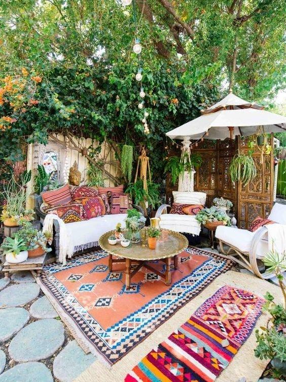 Фотография: Терраса в стиле Эклектика, Декор интерьера, ковер в интерьере – фото на INMYROOM