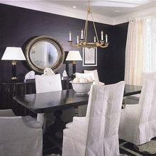 Фотография: Кухня и столовая в стиле Классический, Квартира, Дом, Цвет в интерьере, Дома и квартиры, Камин, Синий – фото на InMyRoom.ru