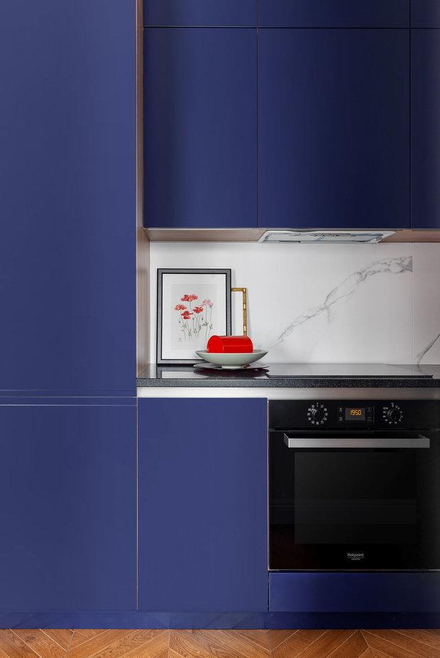 Фотография: Кухня и столовая в стиле Современный, Ремонт на практике, Ксения Мезенцева, стык столешницы и фартука – фото на INMYROOM