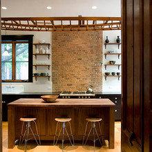 Фотография: Кухня и столовая в стиле Лофт, Дом, Дома и квартиры, Перепланировка, Нью-Йорк – фото на InMyRoom.ru