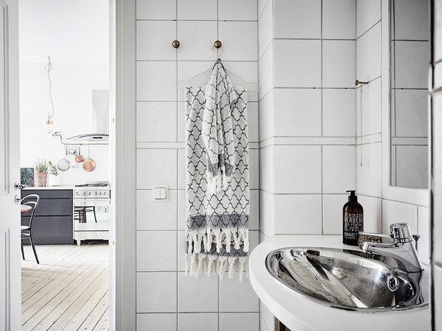 Фотография: Ванная в стиле Минимализм, Советы, уборка, уборка квартиры – фото на INMYROOM