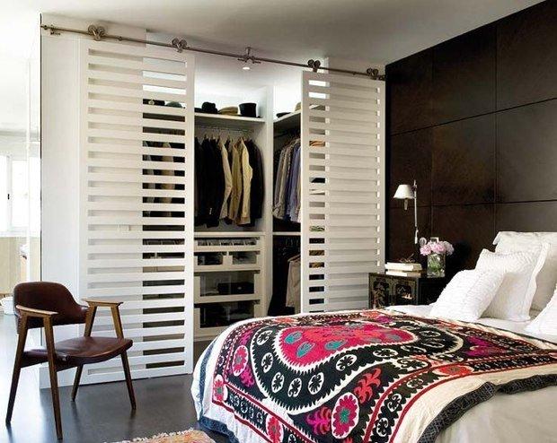 Фотография: Спальня в стиле Современный, Гардеробная, Хранение, Интерьер комнат – фото на InMyRoom.ru